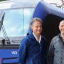 Joost van Opijnen van SVO-Rail en cursusleider Jari Klomp bij de Vectron BR193 voor de training ERTMS, foto: Mieke Wegerif/Lifetime fotografie