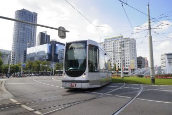 RET-tram op Hofplein