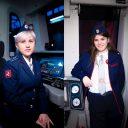 twee vrouwelijke metrobestuurders in Moskou