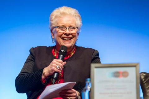 Catherine Trautmann won in 2019 de European Railway Award