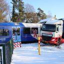 Een trein van Arriva komt in botsing met een vrachtauto in Grubbenvorst, foto: Redactie Keistadnieuws