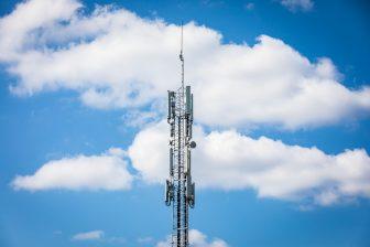 Een GSM-mast in Nuenen, foto: ANP