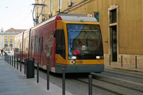 Carris tramlijn 15 in Lissabon