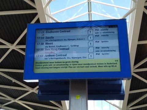 Treinverkeer verstoord op station Tilburg