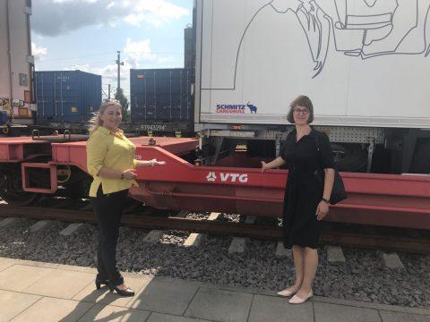 Niet-kraanbare trailer van VTG aangekomen in Litouwen, foto: VTG