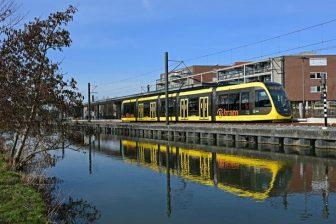 Tram bij nieuwe eindhalte IJsselstein Zuid