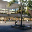 Het nieuwe station Amsterdam Zuid vanaf het Mahlerplein