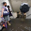 Een metrostation in New York komt onder water te staan als gevolg van de storm Ida, foto: ANP