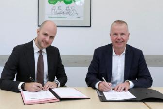 Luuk von Meijenfeldt van Nexrail en Bernd Hoppe van Vossloh Locomotives