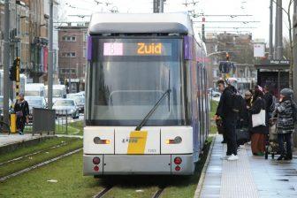 Een tram van De Lijn in Antwerpen
